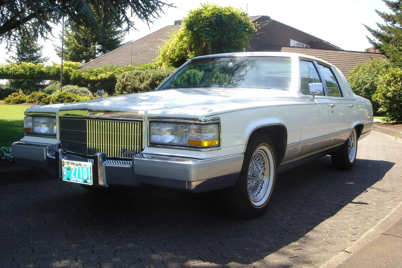 Picture of 1991 Cadillac Brougham