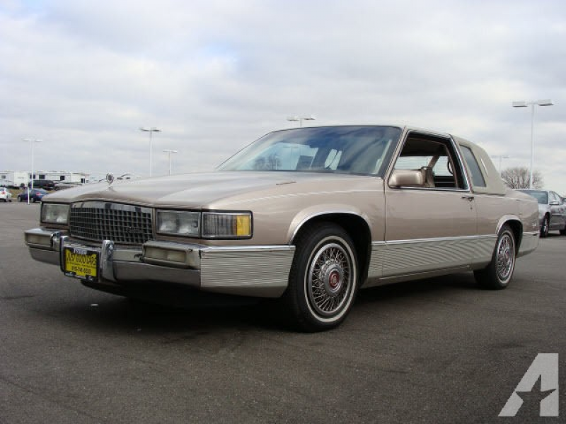 1989 Cadillac DeVille for sale in Bradley, Illinois