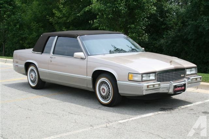 1990 Cadillac DeVille for sale in Cary, Illinois