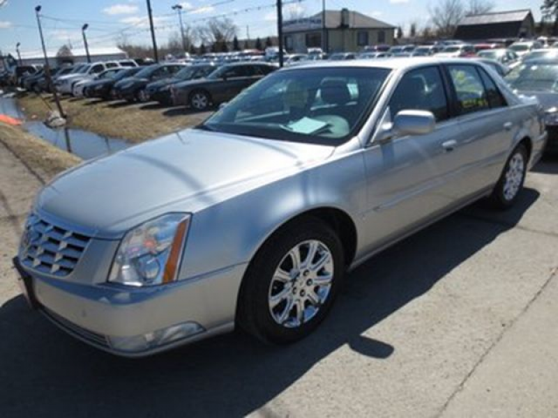 2008 Cadillac DTS LOADED POWERFUL 5 PASSENGER LEATHER.. HEATED/AC