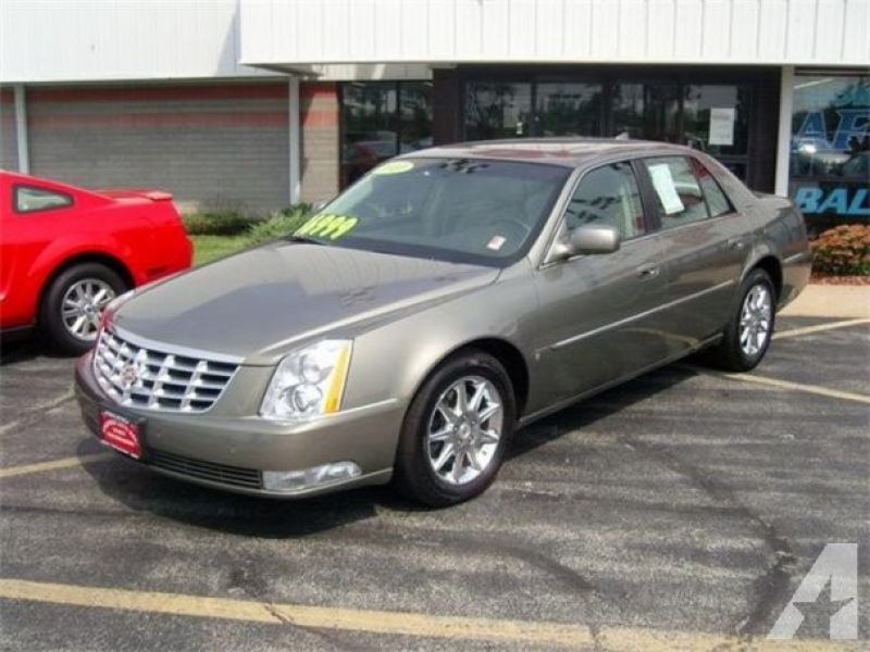 For Sale: 2010 Cadillac DTS for sale in Machesney Park, Illinois