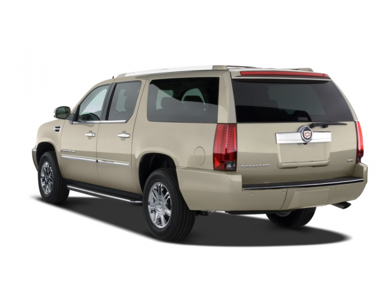 2008 Cadillac Escalade ESV 2WD 4-door Angular Rear Exterior View
