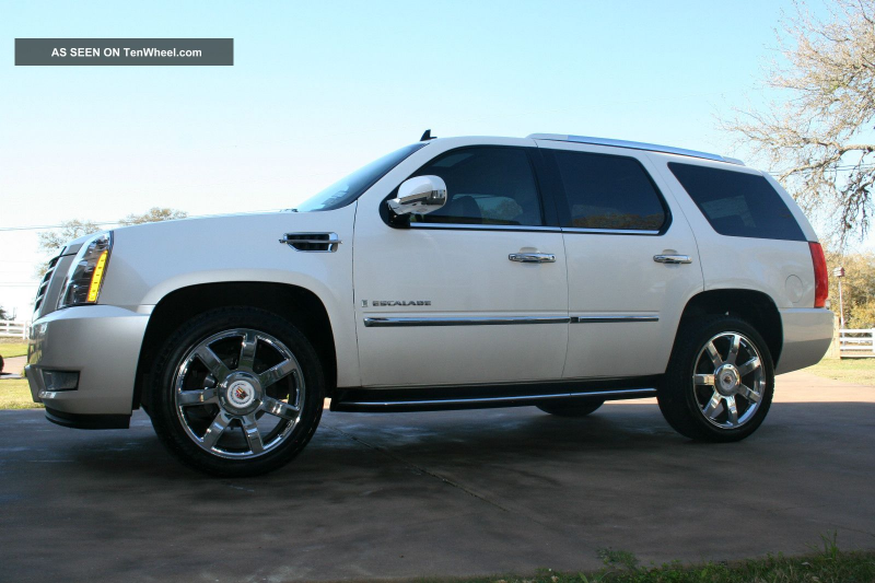 "2009 Cadillac Escalade:, 22 "" Chrome Wheels, Dvd - Loaded"