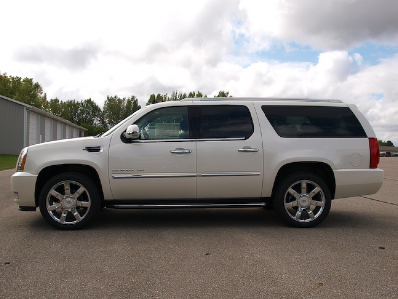 2011 Cadillac Escalade ESV in Bay City Michigan. Driver side view ...