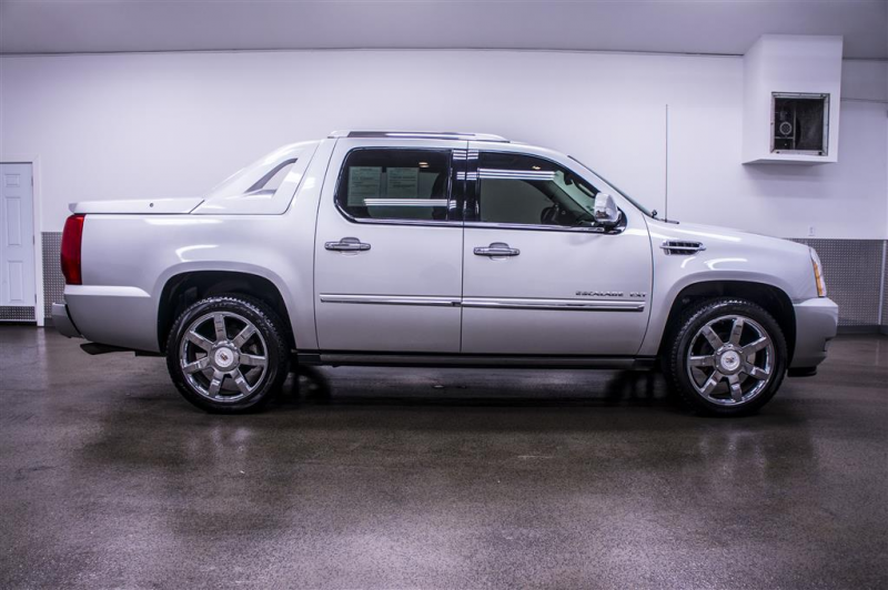 2011 Cadillac Escalade EXT AWD