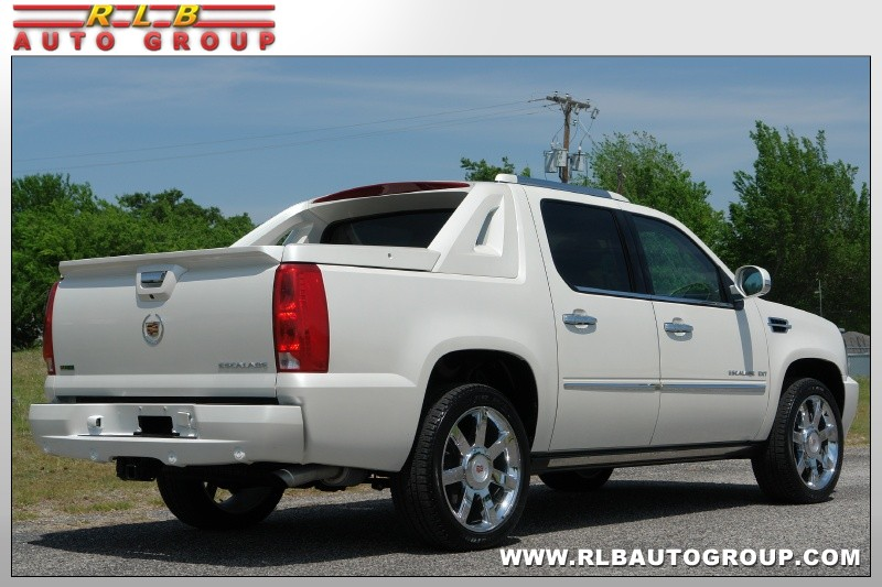 2011 Escalade EXT White Diamond Below Wholesale!