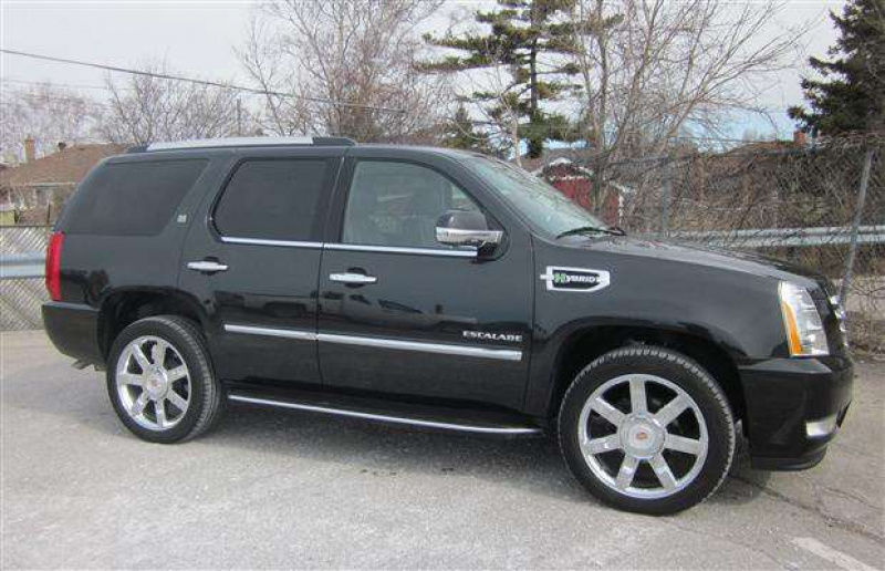 SUV Review: 2011 Cadillac Escalade Hybrid