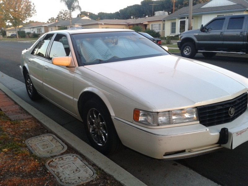 1993 Cadillac Seville STS, outside front passanger, exterior