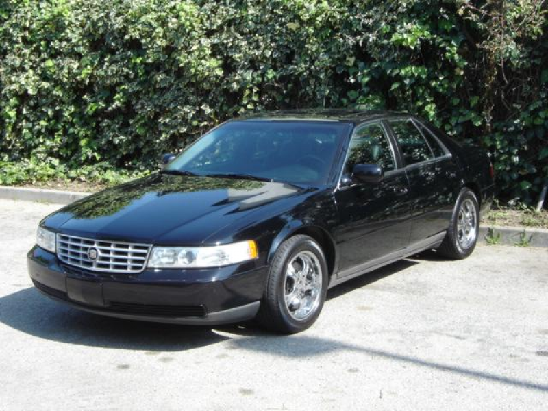 Cadillac DeVille DTS (2001)