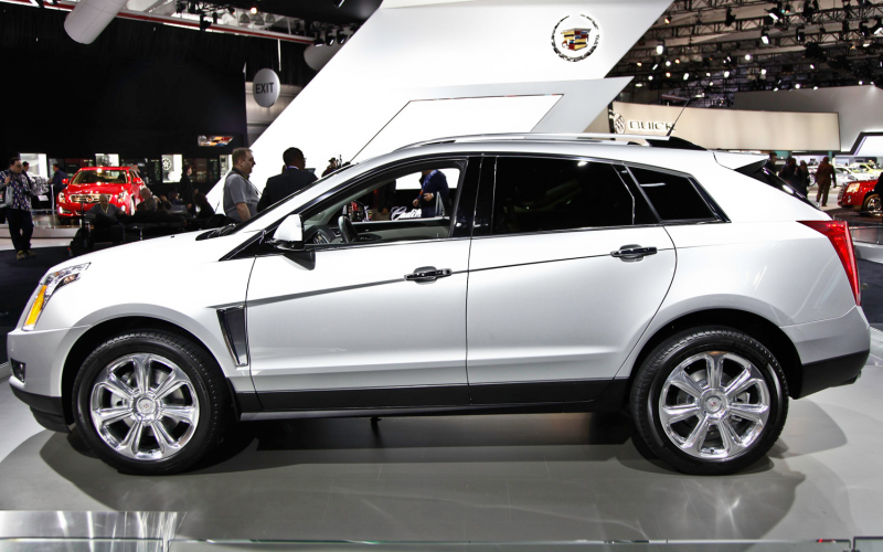 2013 Cadillac SRX Photo Gallery