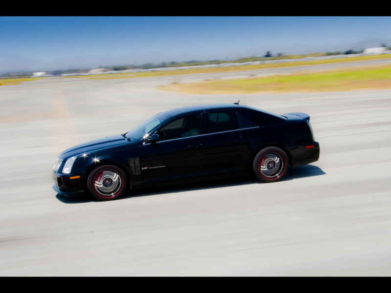Cadillac STS-V photos: