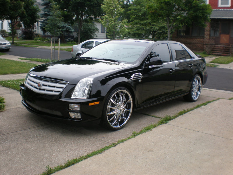mcmichaelad 2005 Cadillac STS 13790062