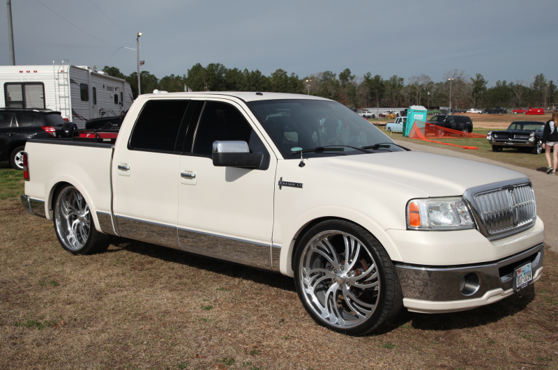 2014 Lincoln Mark LT Truck