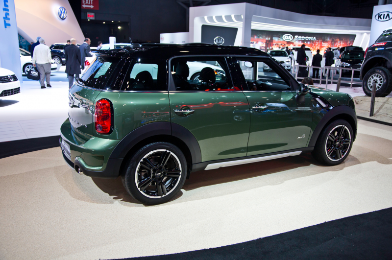 2015 Mini Countryman Puts on a New Face for NY Photo Gallery