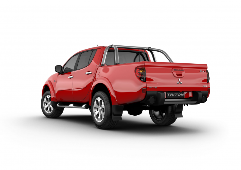 Mitsubishi-Triton-GLXR-red-rear