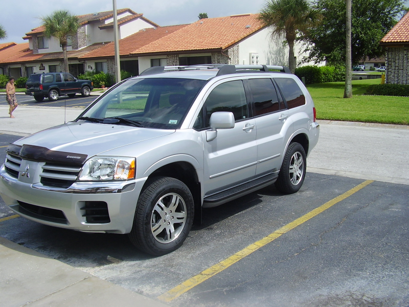 Picture of 2004 Mitsubishi Endeavor XLS, exterior