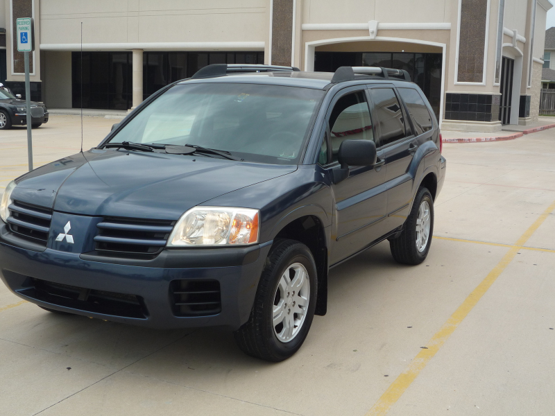 Picture of 2004 Mitsubishi Endeavor LS, exterior