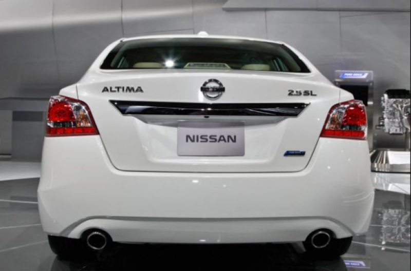 2015 Nissan Altima Hybrid MPG and Price details