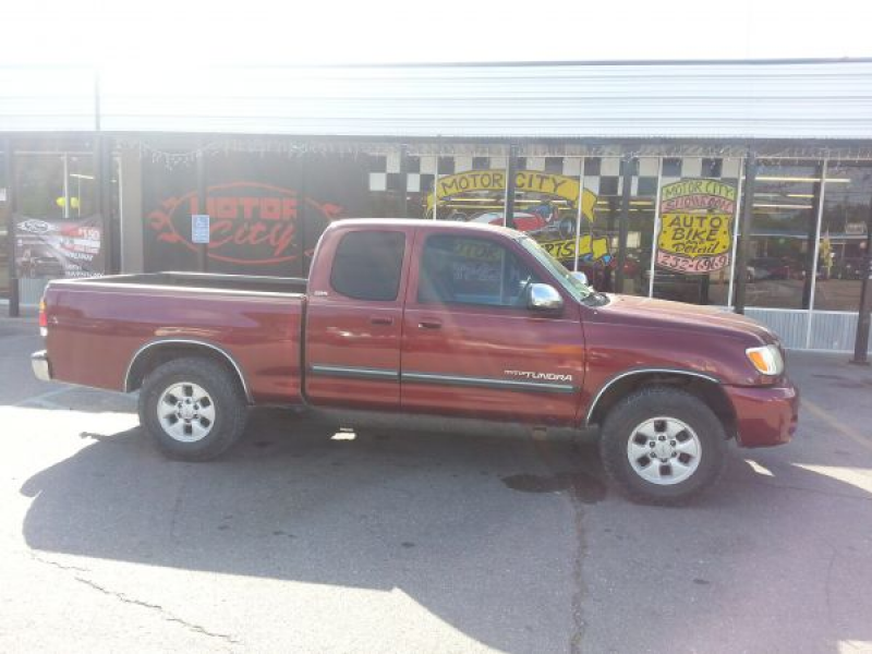 2004 toyota tundra Pickup Truck For Sale in Lafayette - $8,990.00