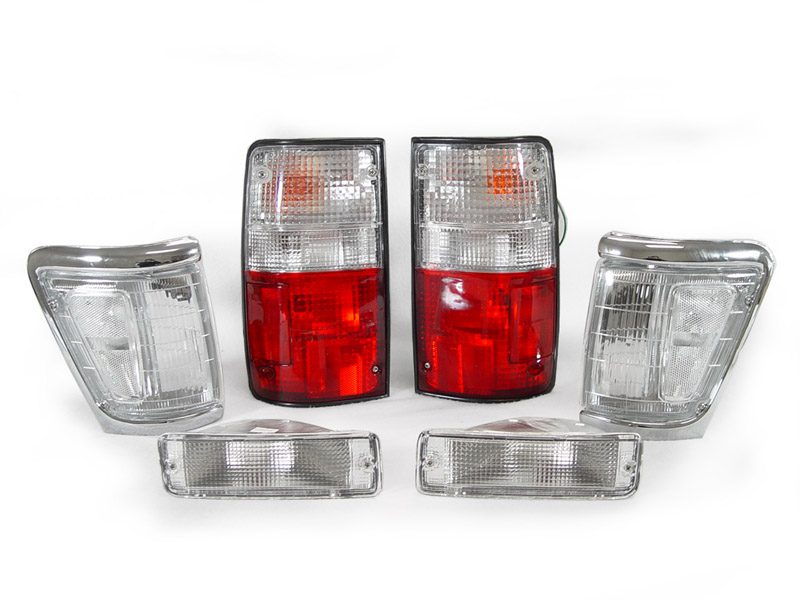 ... -1995 TOYOTA PICKUP 4WD RED/CLEAR TAIL + CORNER + BUMPER LIGHTS COMBO