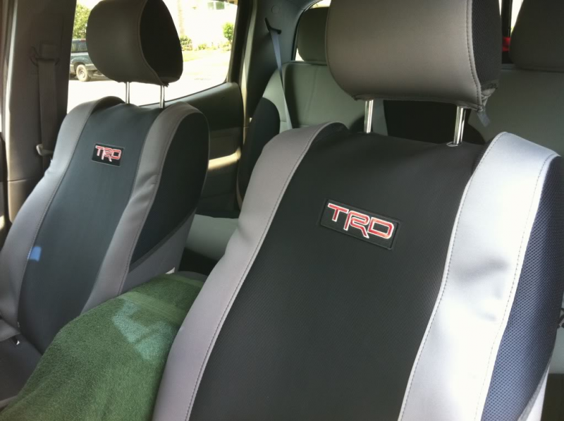 FS- 2006 Toyota Tacoma TRD Seat covers