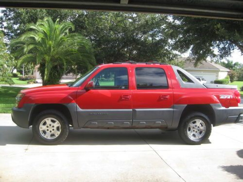 2002 CHEVY AVALANCHE RED Z71 1500 4 WHEEL DRIVE, US $6,750.00, image 1