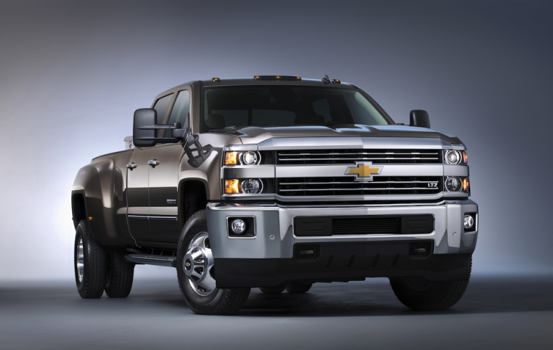 2015 Chevrolet Silverado 3500 HD LTZ crew cab pickup with dual rear ...