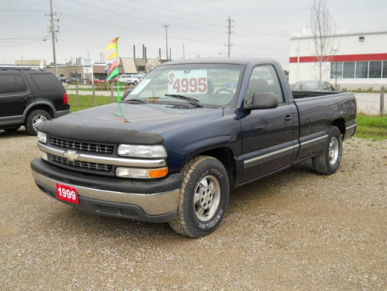 1999 Chevrolet Silverado 1500 Pickup Truck in London, Ontario