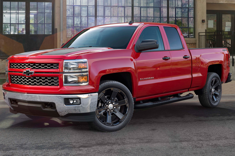 2015 Chevrolet Silverado 1500 Rally Edition Front Side View