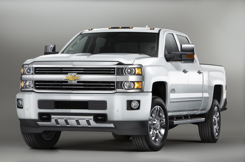 2015 Chevrolet Silverado HD High Country Shows Face Before New York ...