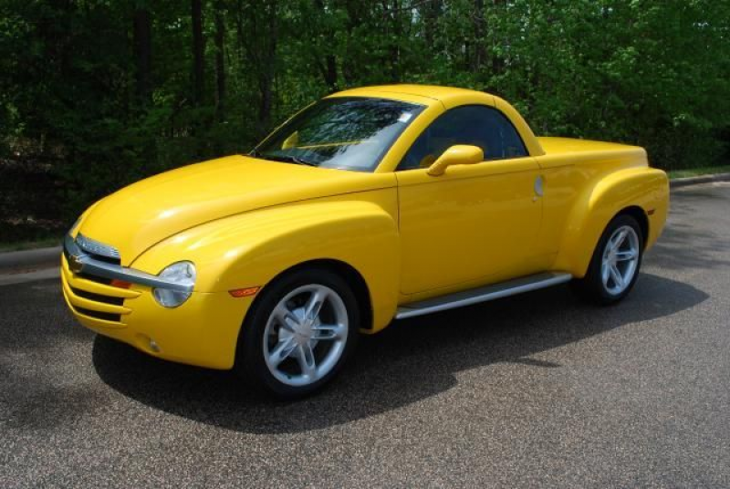 2004 Chevy Ssr Convertible Pickup Truck
