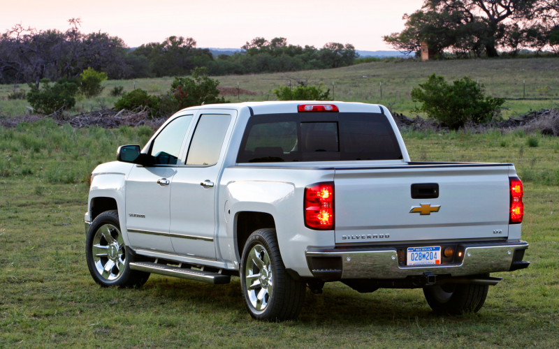 2014 Chevrolet Silverado 1500 First Drive Photo Gallery