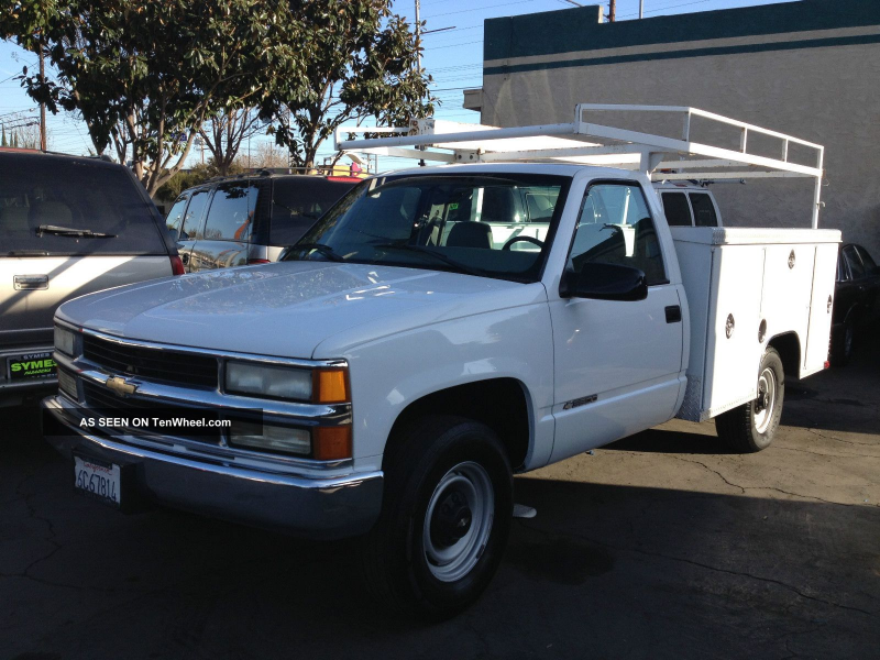 2000 Chevrolet 3500 Work Truck 5. 7 Liter C/K Pickup 3500 photo