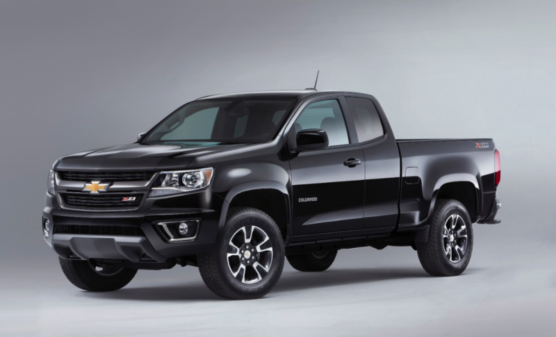2015-Chevrolet-ColoradoZ71-007-medium