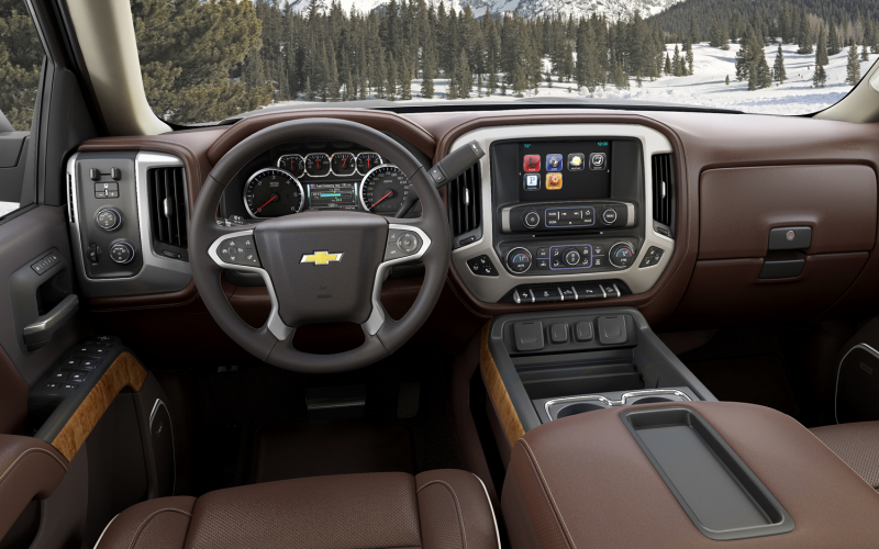 2014 Chevrolet Silverado High Country Photo Gallery