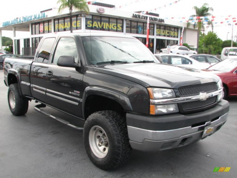 BLACK 2003 Chevrolet Silverado 2500HD Duramax Diesel with Grey seats