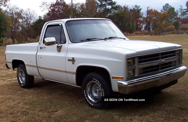 1987 Chevy Silverado Fleetside Pickup Truck Silverado 1500 photo