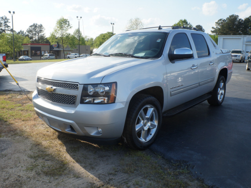Used 2012 Chevrolet Avalanche LT