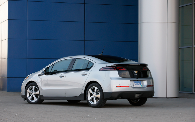 2012 Chevrolet Volt Rear Three Quarters 2