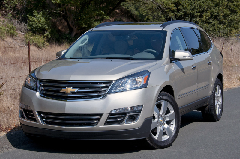 03-2013-chevrolet-traverse-fd.jpg