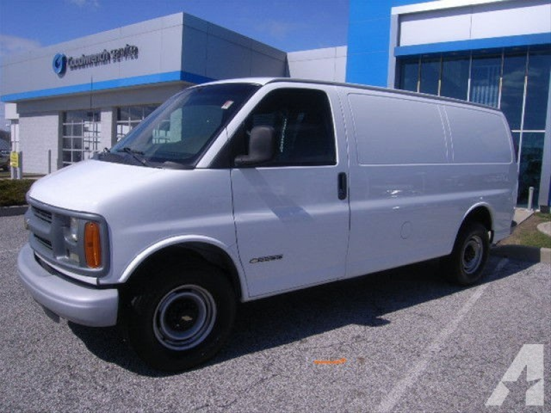 2002 Chevrolet Express 3500 for sale in Burns Harbor, Indiana