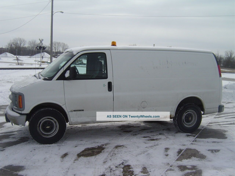 2000 Chevrolet Express 3500 Delivery / Cargo Vans photo