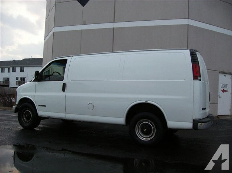 2000 Chevrolet Express 3500 Cargo for sale in Volo, Illinois