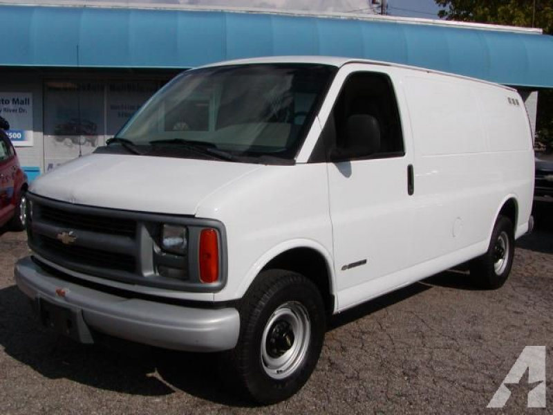 1999 Chevrolet Express 3500 Cargo for sale in Berea, Ohio