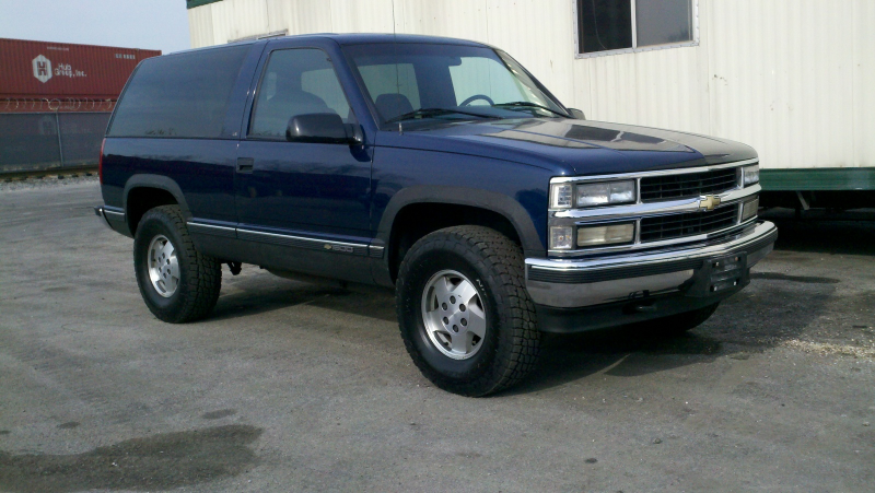 1995 Chevrolet Tahoe 2 Dr LS 4WD SUV picture, exterior