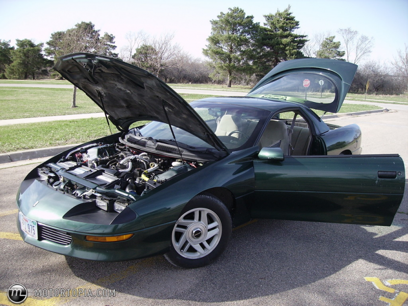 Photo of a 1996 Chevrolet Camaro RS (GreenMachine)