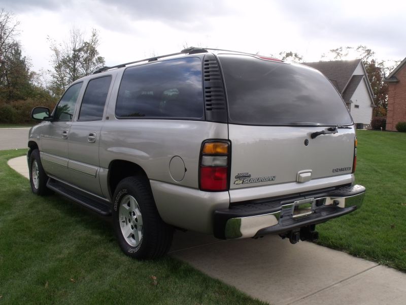 Picture of 2005 Chevrolet Suburban LT 1500 4WD, exterior