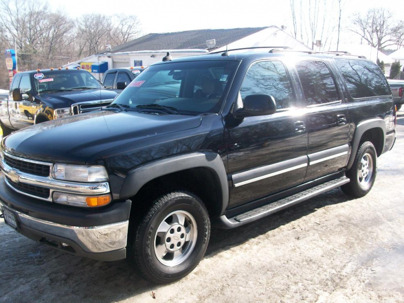 Home / Research / Chevrolet / Suburban / 2003