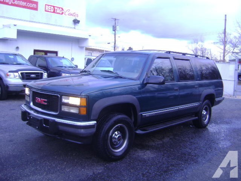 1997 Chevrolet Suburban 2500 LT for sale in Capitol Heights, Maryland