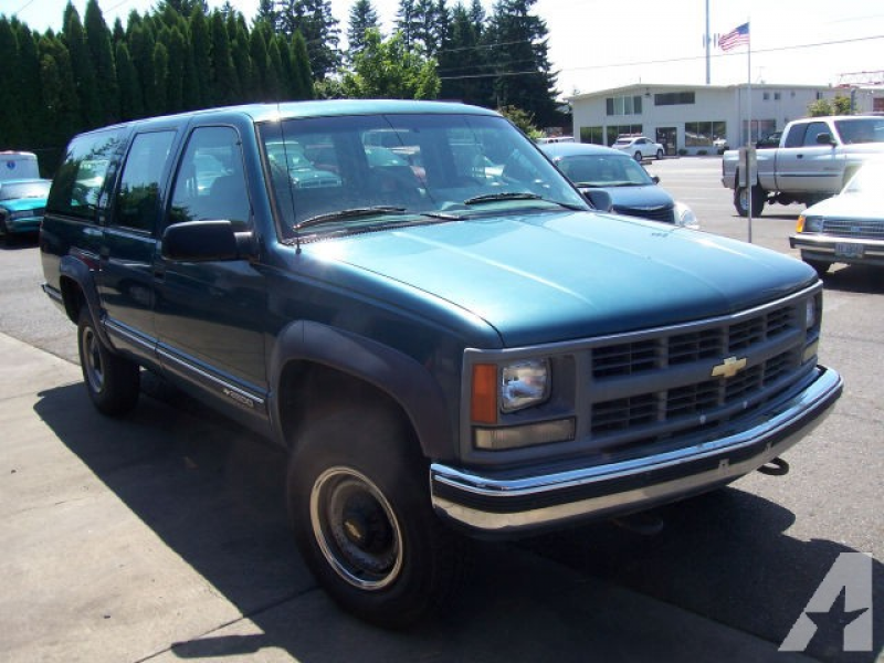 1994 Chevrolet Suburban 2500 for sale in Clackamas, Oregon